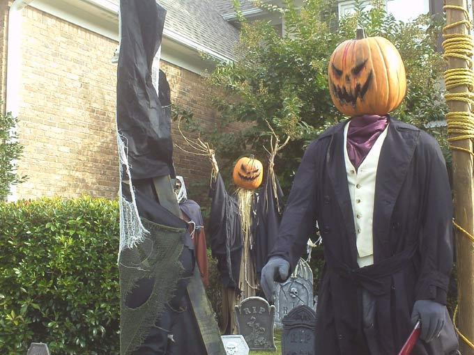 Halloween Scene Gallows, executioner Sleepy Hollow scarecrow, coffin corpse